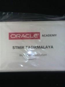 Plakat Member Institution Oracle Academy STMIK Tasikmalaya