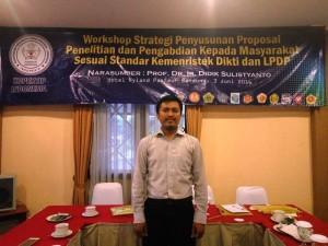 Dokumentasi Foto Workshop Strategi Penyusunan Proposal Penelitian dan Pengabdian Kepada Masyarakat Sesuai Standar Kemenristekdikti dan LPDP