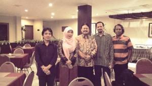 Pimpinan Kopertip Indonesia Bpk Ida Bagus Budiyanto berfoto bersama Prof Didik Sulistyanto